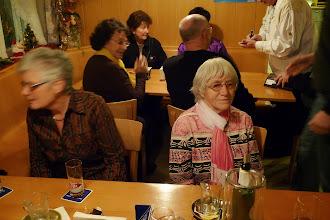 Photo: Frau Koch und Frau Hofer ( v. links.)