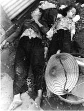 Photo: BÊN THẮNG CUỘC - HUY ĐỨC                      Communists slaughtered Vietnamese children at the Bay Hien intersection (Tet Mau Than offensive) http://www.vietnam.ttu.edu/virtualarchive/items.php?item=VA056321 Cộng sản tàn sát phụ nữ, trẻ em tại ngã tư Bảy Hiền (Tết Mậu Thân 1968)