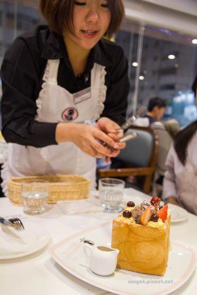 Dazzling Café Ocean | 蜜糖吐司x新光三越三多店