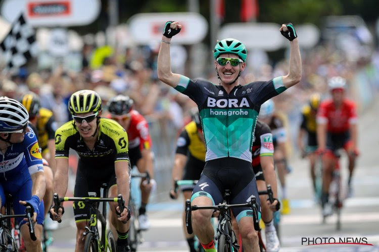 Australiër kan aan revalidatie beginnen: hij is geopereerd aan zijn knie na zware blessure die hij opliep in de Vuelta