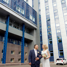 Wedding photographer Dmitriy Epov (epovdima). Photo of 18.12.2015