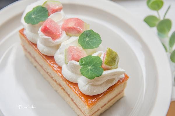 北門/西門咖啡Heritage Bakery&Cafe 花園系可愛甜點-紅心芭樂戚風蛋糕