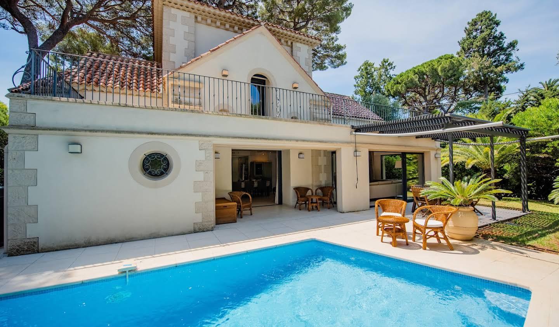 Villa with pool Antibes