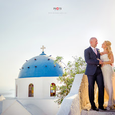 Wedding photographer Dimitris Mindrinos (mindrinos). Photo of 07.12.2017