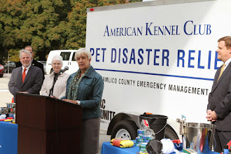 Photo: Sharron Stewart (Director, Emergency Programs at Dept. of Agriculture) speaks during the presentation.  Credit: Robert Young (c) American Kennel Club