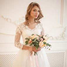 Wedding photographer Anna Dunina (annailyaido). Photo of 02.12.2017