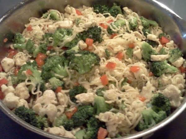 Chicken Ramen Noodles With Chicken