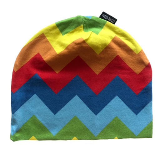 Made by DD Mössa Rainbow Chevron