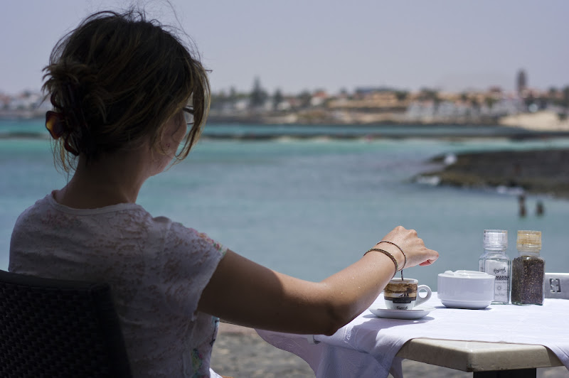 Un caffè con vista mare di Roberto Simonazzi