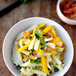 Spicy Thai Mango Apple Salad