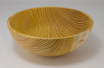 "Photo: Duane Schmidt 8"" x 3"" bowl [Osage orange]"