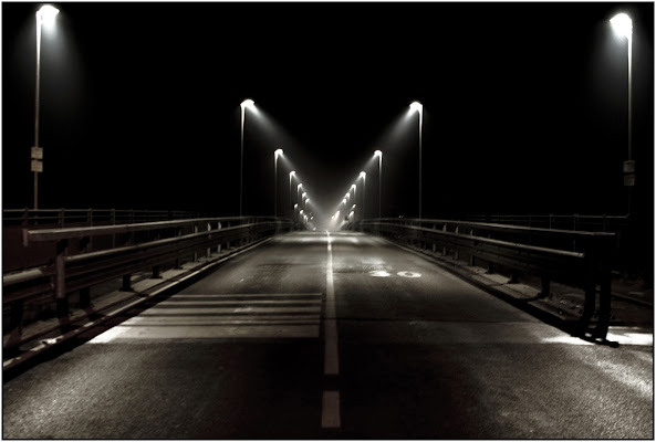 Before the Bridge di Dario Manfrinati Photographer