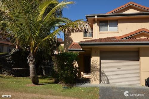 Photo of property at 2/99-105 Greenacre Drive, Parkwood 4214