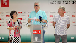 Valoración de las cuentas municipales en la sede del PSOE ejidense.