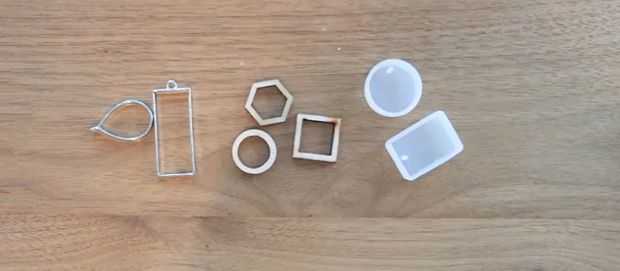 metal and plastic bezels