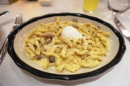 14.jpg - Yes, this carbonara pasta from the main dining room restaurant Tuscan Restaurant was every bit as delicious as it looks!