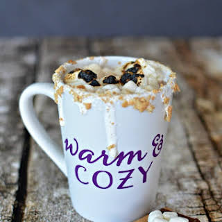 S'mores Hot Chocolate - A Delicious Fall.