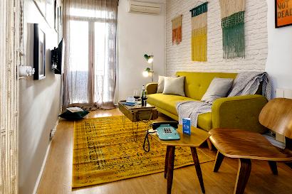 Poblenou Beach Serviced Apartment, Barcelona