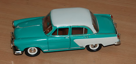 Photo: 1/18 scale model was hand-painted to make sure that the color combination will look good