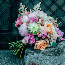 Wedding photographer Alexandra Catana (this). Photo of 17.03.2017
