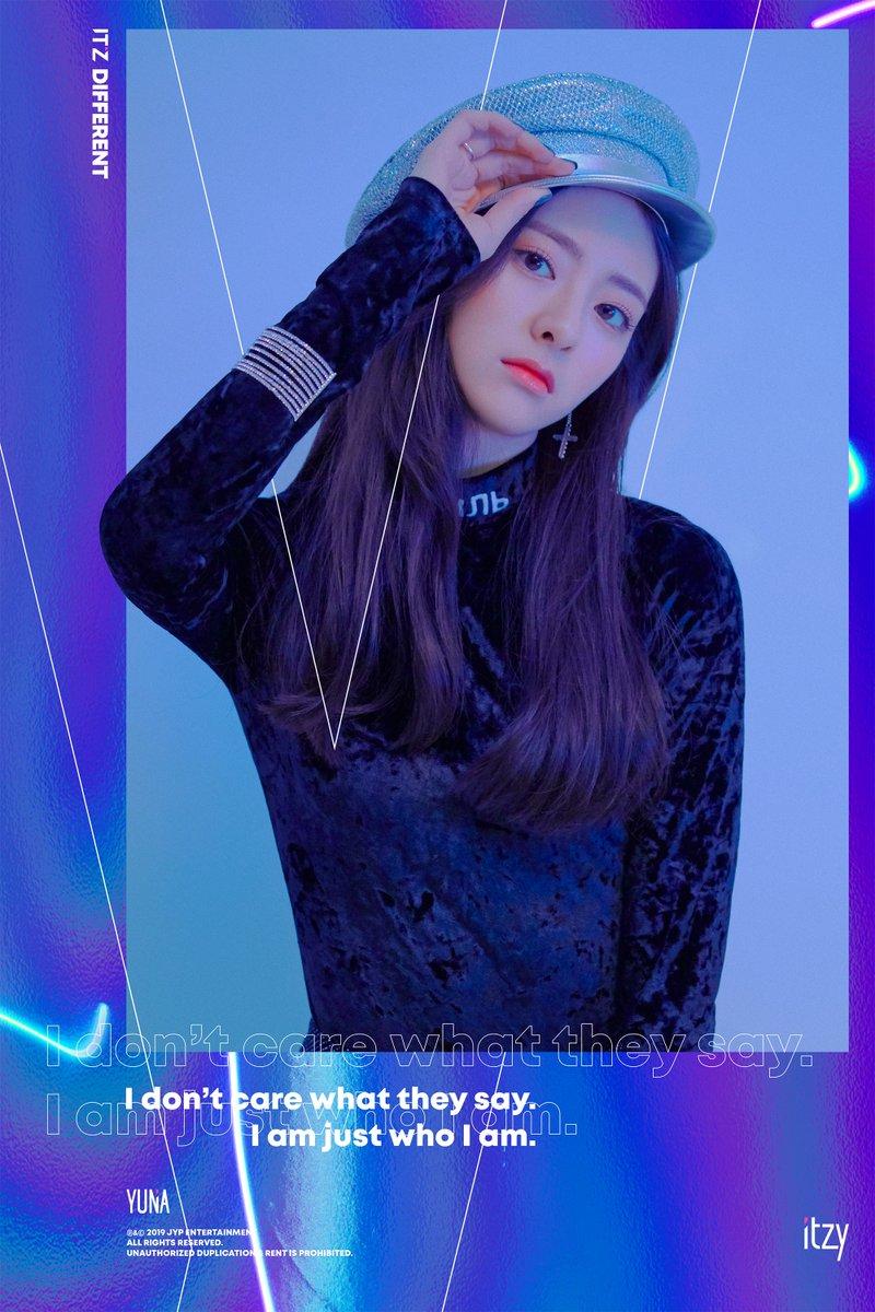 yuna itzy debut 2
