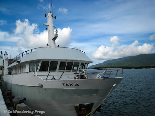 Australia Cairns Great Barrier Reef Liveobard Dive Boat Experience // TAKA Dive Boat