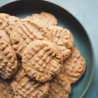 Sam's Crunchy Peanutpepper Cookies.