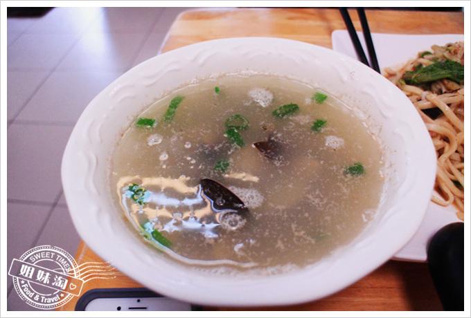好窄食堂蛤蠣湯