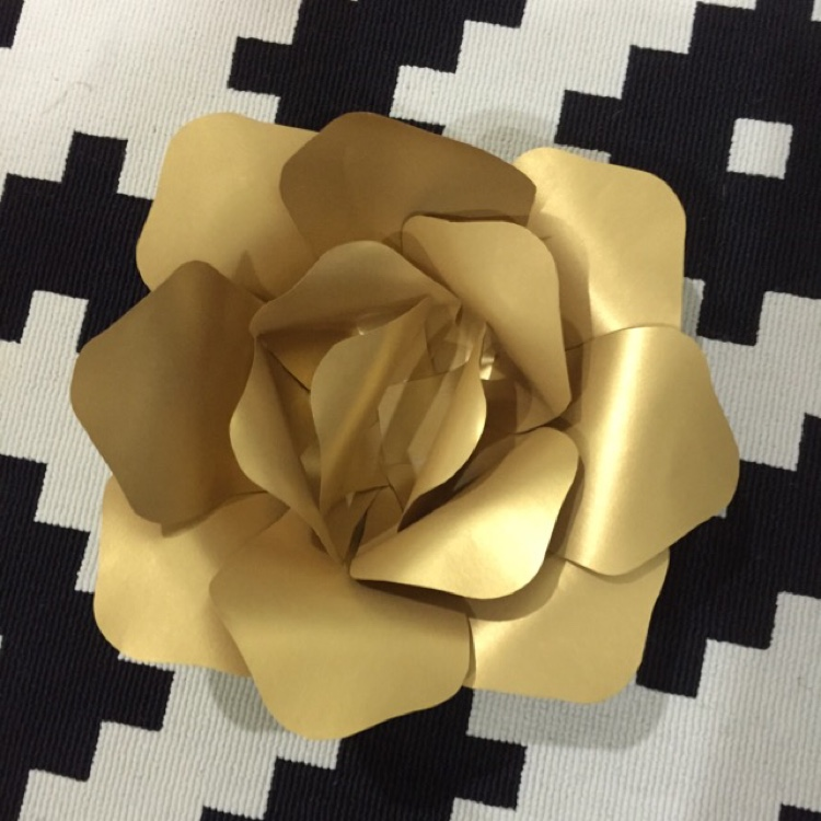Handmade Paper Flower (Small) by Whimsicalio