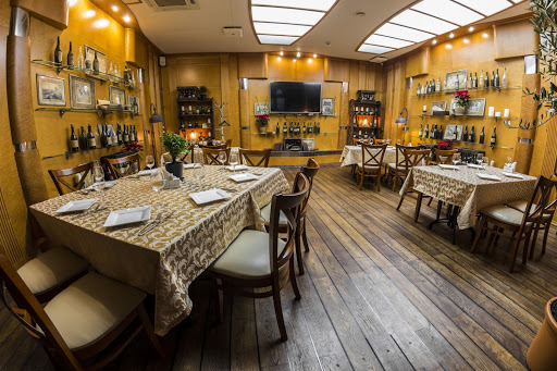 Зал «Вино» в ресторане River Club Moscow  для свадьбы