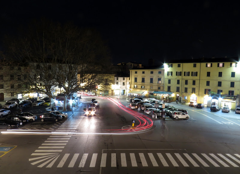 Chicane in piazza di Giorgio Lucca