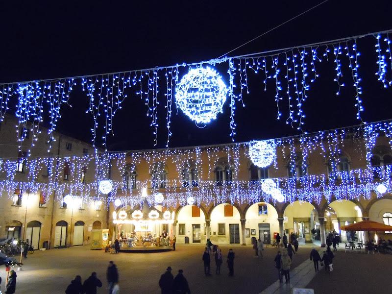 Piazza in blu di joysphoto