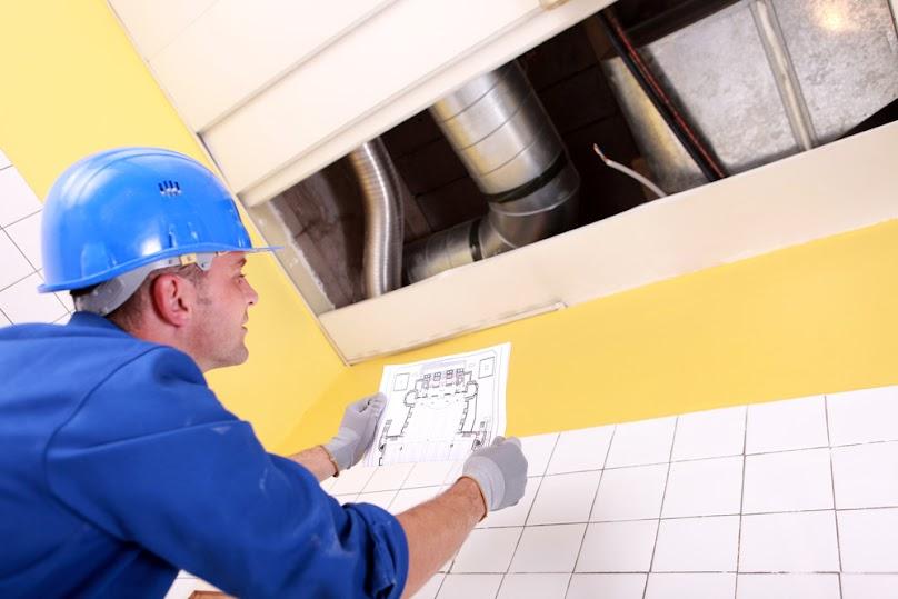 Koszt montażu sufitu zależy od jego powierzchni, ilości poziomów i rodzaju zastosowanych materiałów