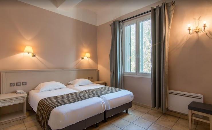 www.hotel-artea-aix-en-provence.com