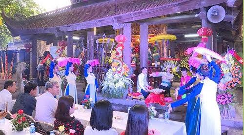 Đền Mẫu Hưng Yên khai mạc lễ hội