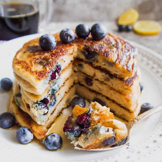 The BEST Paleo Blueberry Pancakes (GF).