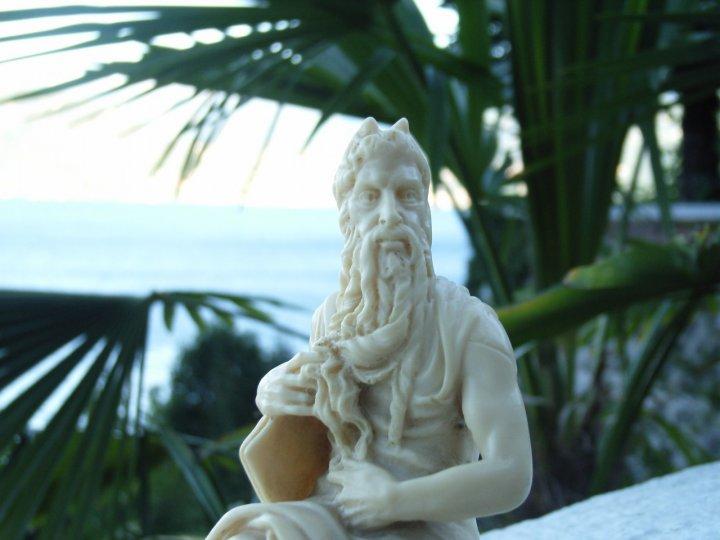 Moses, law & ... lake ... di daffola
