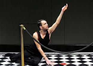 Photo: Wien/Burgtheater/ Vestibül: DIE HAMLET-MASCHINE von Heiner Müller. Premiere am 16.10.2015. Inszenierung: Christina Tscharyiski. Christoph Radakovits. Copyright: Barbara Zeininger