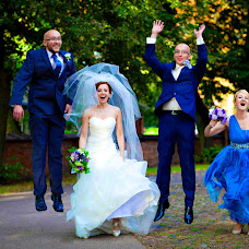 Wedding photographer Marek Belowski (belowski). Photo of 13.08.2015