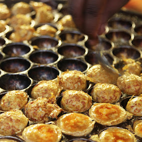 Karandi omlet by Mahesh Thiru - Food & Drink Cooking & Baking
