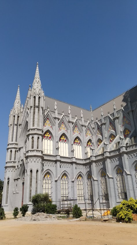 saint philomena cathedral in mysore india