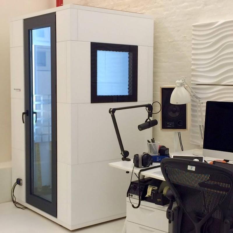 Nieuwe voice booth voor TV Bonanza