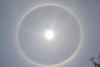 Photo: 日暈也來參一腳,真是西門之光