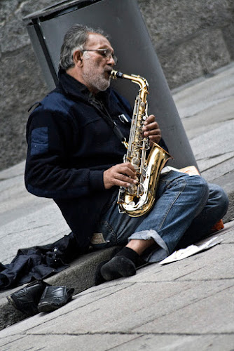 His own kind of music di pieroprv