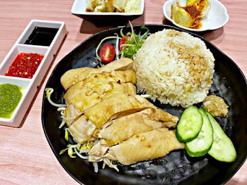 甘榜馳名海南雞飯-蘆洲家樂福店