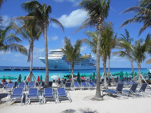 Fun in the sun at Grand Turk, only steps away from Silver Muse.