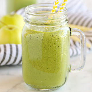 Green Apple Spinach Smoothie.