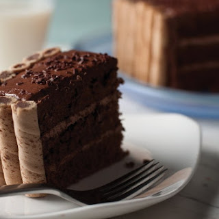 Chocolate Pirouette Crusted Cake