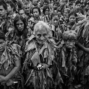 mga taong putik by Rob Reyes - People Street & Candids