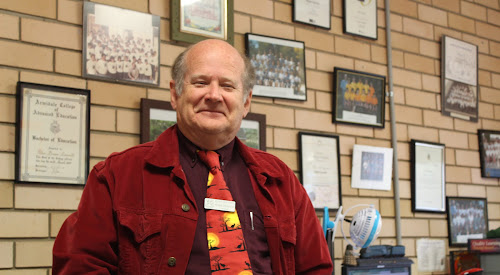 Peter Carrett will retire as principal of Wee Waa Public School at the end of this term.